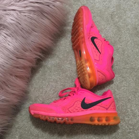 Hot Pink Nike Air Max  <a href=